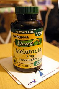 400px-Walgreens_Melatonin-2010-20-07