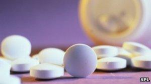_60434318_m6270008-calcium_pills