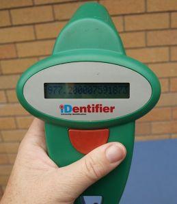 519px-Rfid-scanner